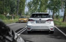Lexus CT200h F sport white rear tyl