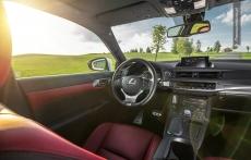 Lexus CT200h facelifting interior srodek