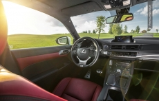 Lexus CT200h facelifting interior srodek