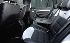 Skoda Octavia RS 2,0 TDI wnetrze tyl