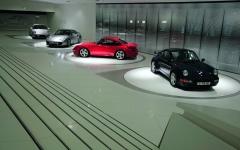 Wystawa kilku generacji Porsche 911 w Muzeum Prosche