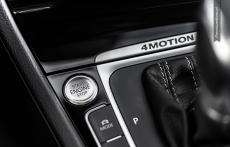 Volkswagen Golf R 2014 wnetrze