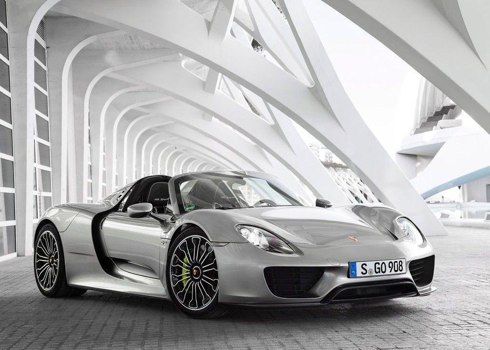 cena porsche 918 spyder ile kosztuje w polsce. Black Bedroom Furniture Sets. Home Design Ideas