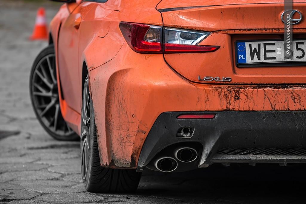 Lexus RC F drift gymkhana