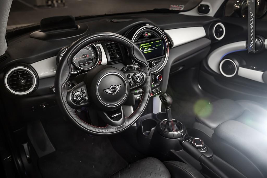 mini-cooper-s-interior