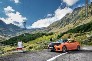 Lexus RC-F carbon transfogaraska