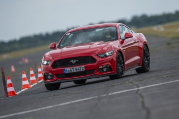 New_Ford_Mustang_polska