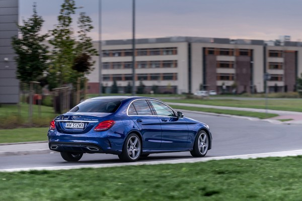 Mercedes C300 Hybrid test