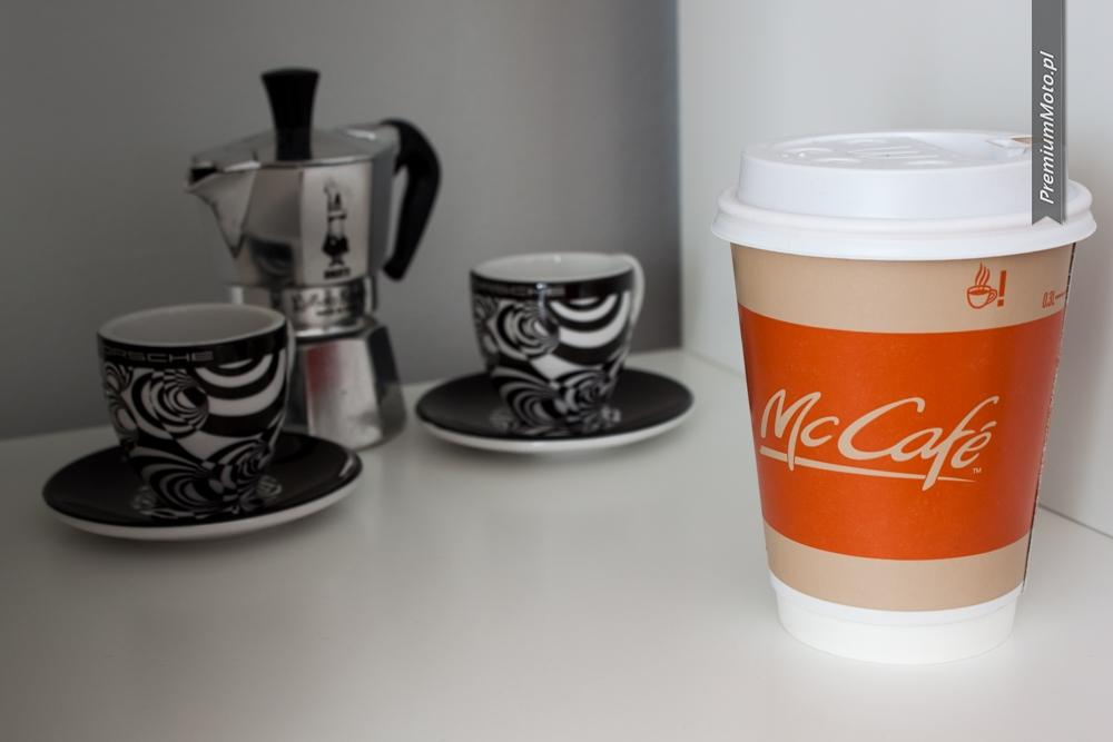 mccafe-kawa-ze-stacji-benzynowej