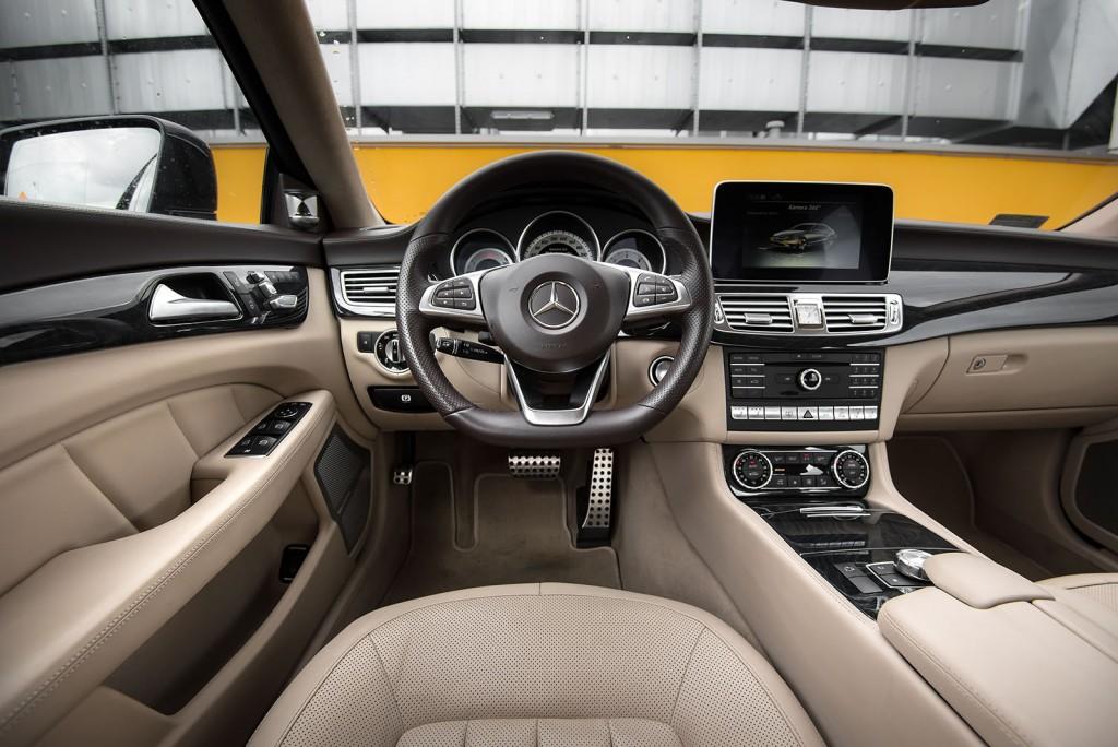 Mercedes-Benz CLS wnętrze