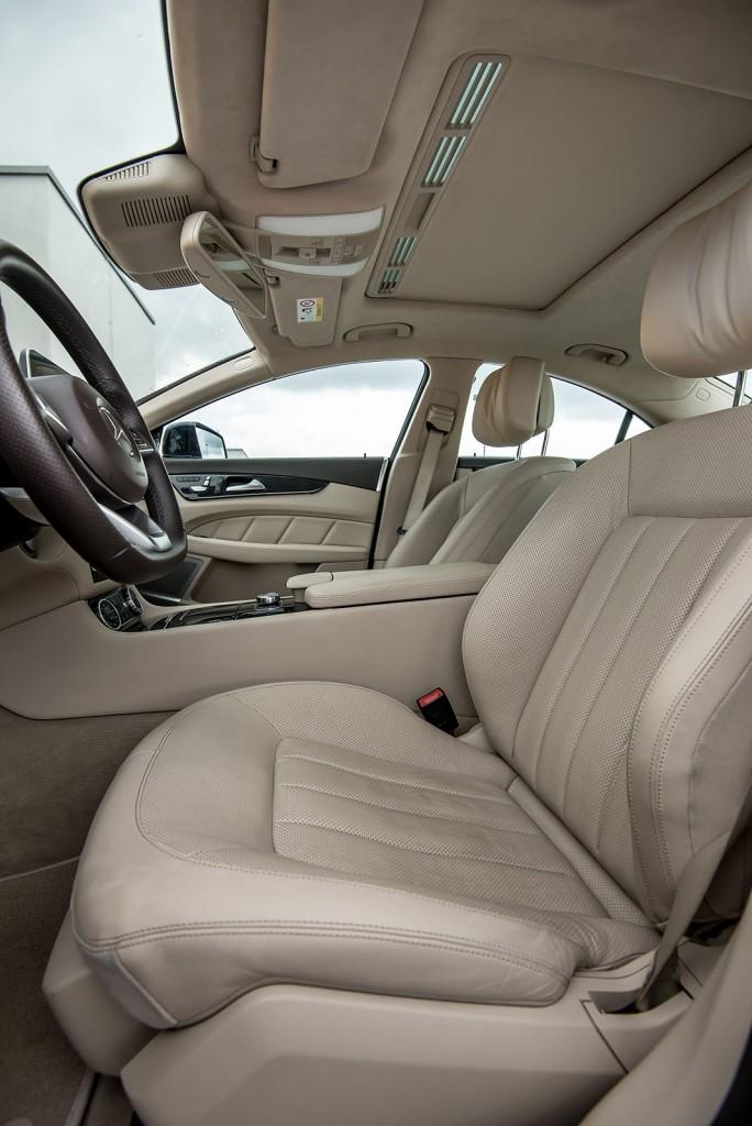Mercedes-Benz-CLS-350-BlueTEC-4MATIC-19