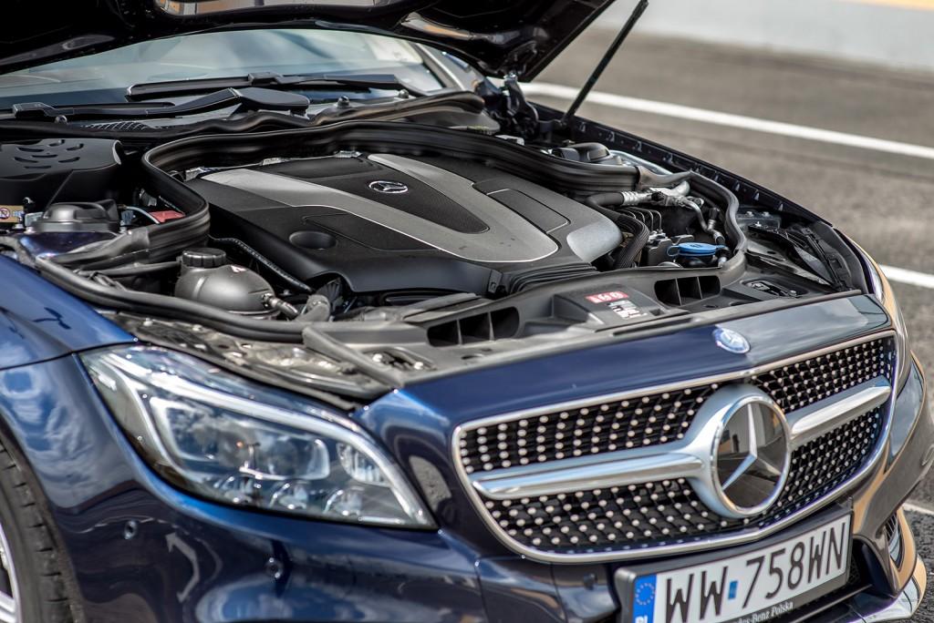 Mercedes-Benz-CLS-350-BlueTEC-4MATIC-45