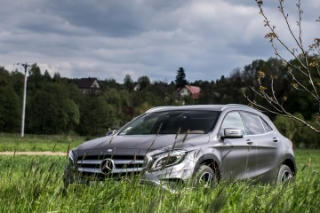 Mercedes-GLA-250-4Matic-18