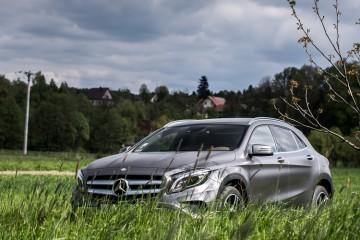 Mercedes-GLA-250-4Matic-18
