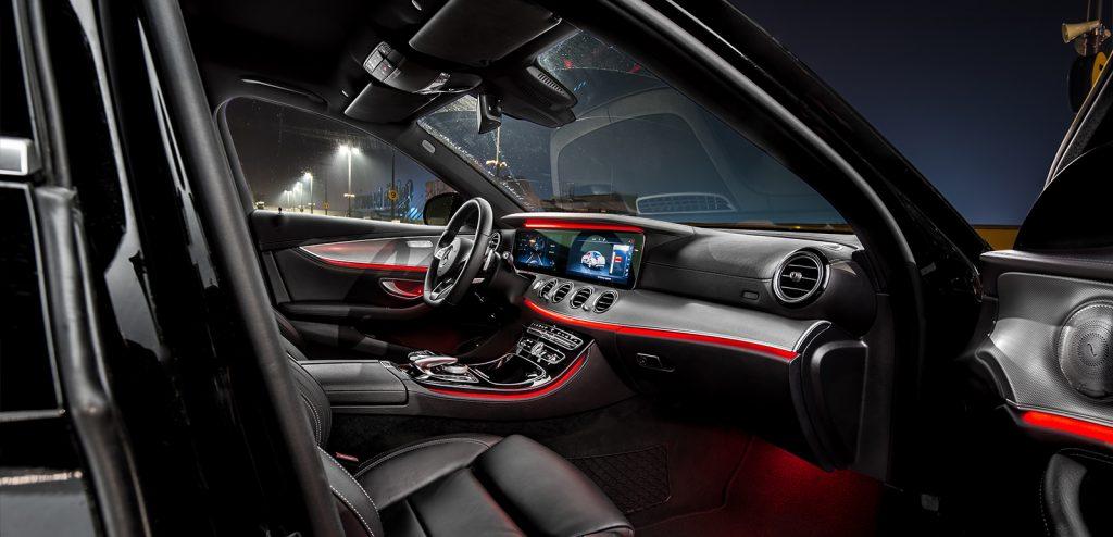 Mercedes klasy E wnetrze oswietlenie
