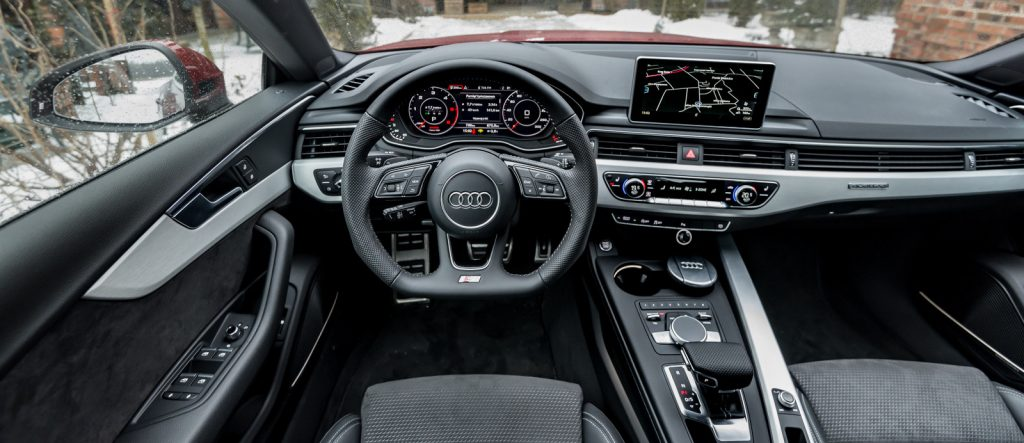 nowe-audi-a5-sportback-wnetrze-s-line