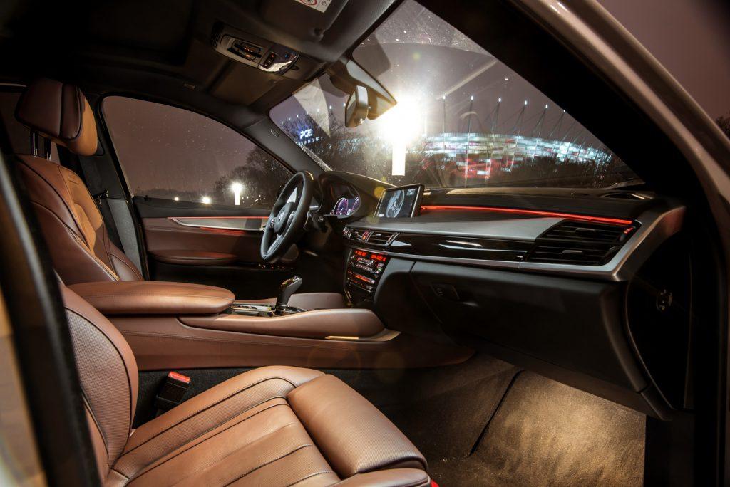 BMW x6 M50d opinia test wnętrze individual