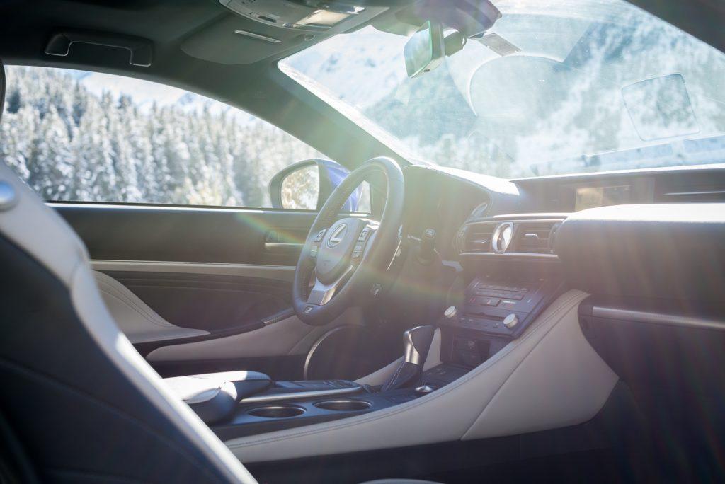 Lexus RC 200t f sport test opinia wnetrze
