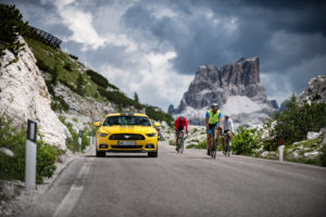 ford mustang w dolomitach 22