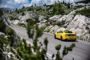 ford mustang w dolomitach 23