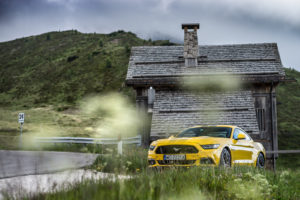 ford mustang w dolomitach 56