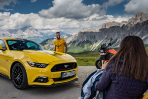 ford mustang w dolomitach 73