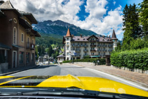 ford mustang w dolomitach 84