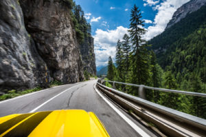 ford mustang w dolomitach 86