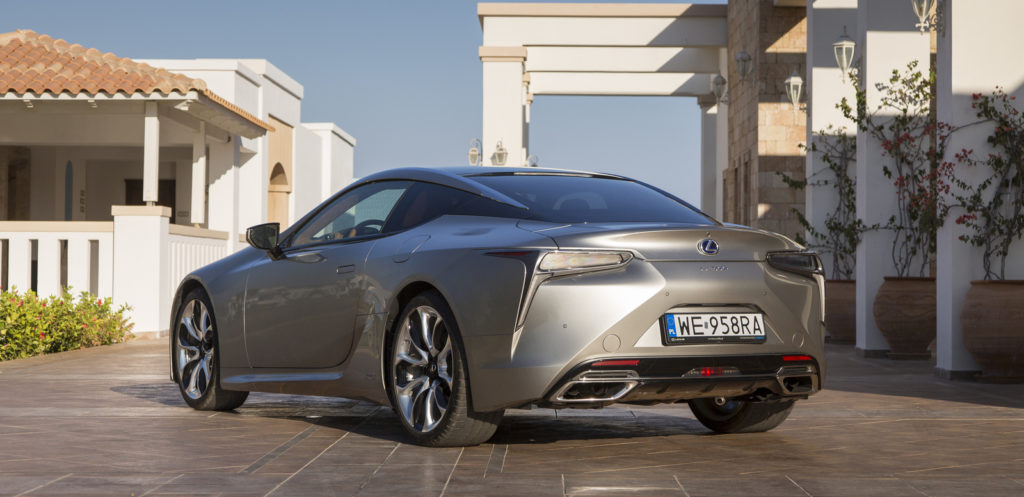 Lexus LC500h test