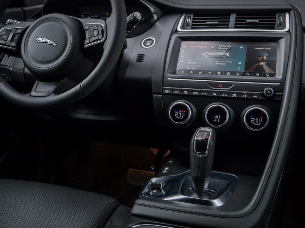 Jaguar E-Pace S opinia wnętrze