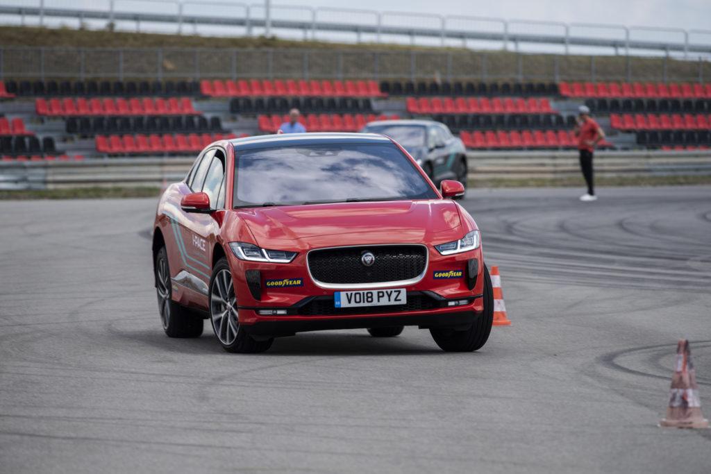 jaguar i-pace test opinia 30