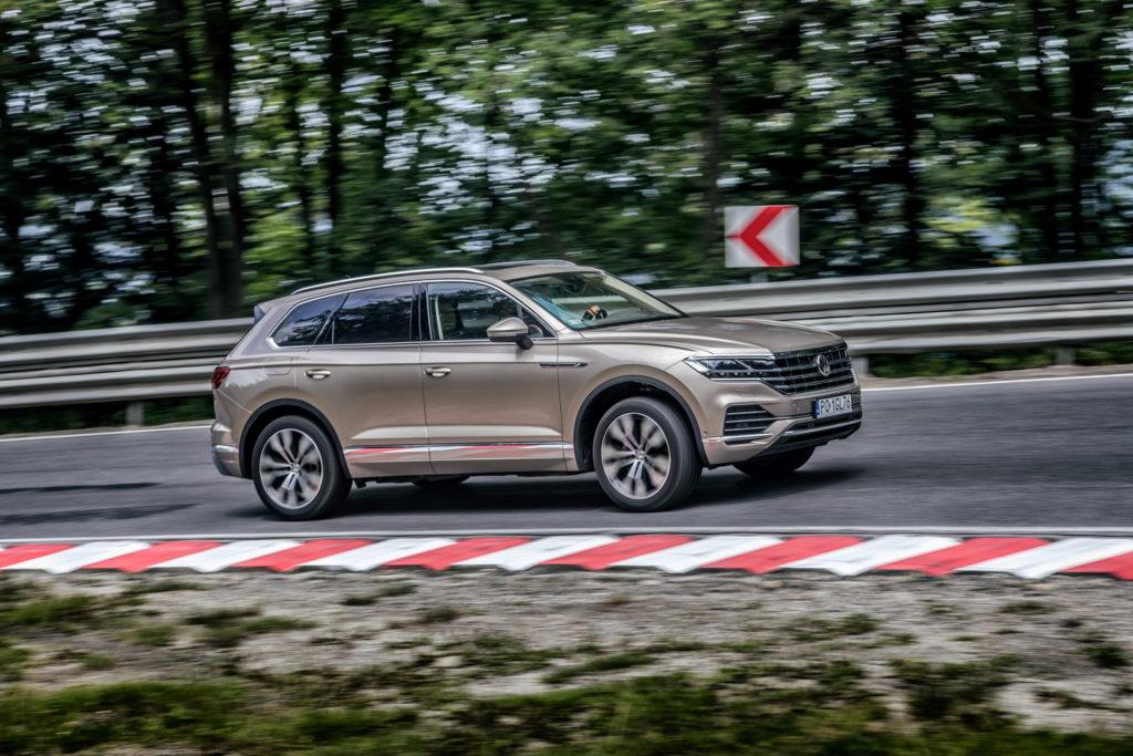 nowy Volkswagen Touareg test opinia 2019 zawieszenie professional