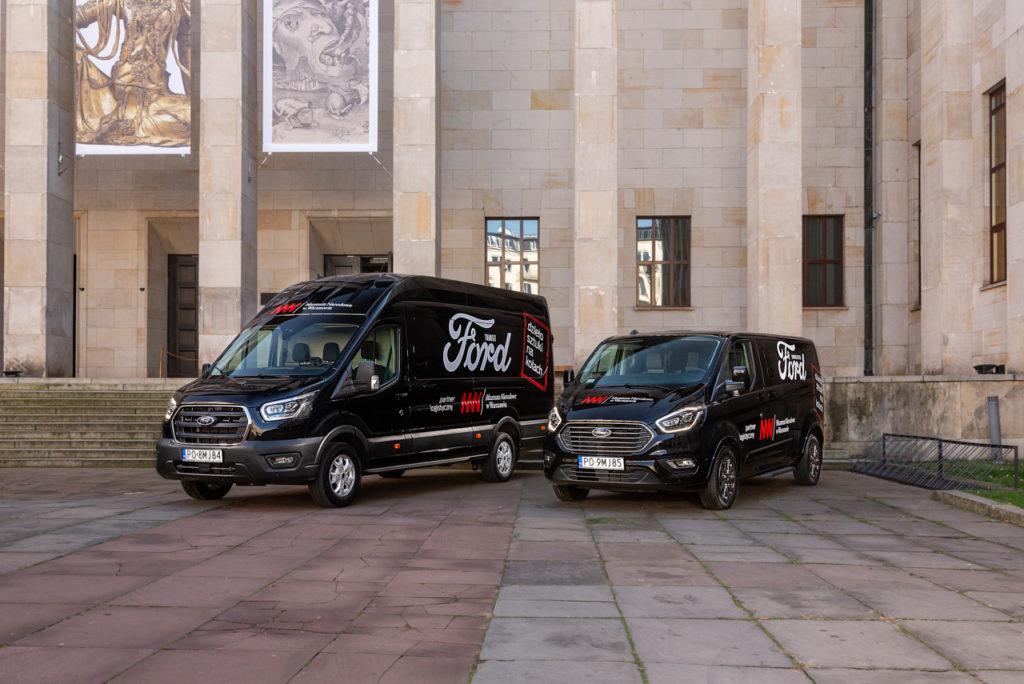 Ford transit i turneo w służbie muzeum narodowego w warszawie