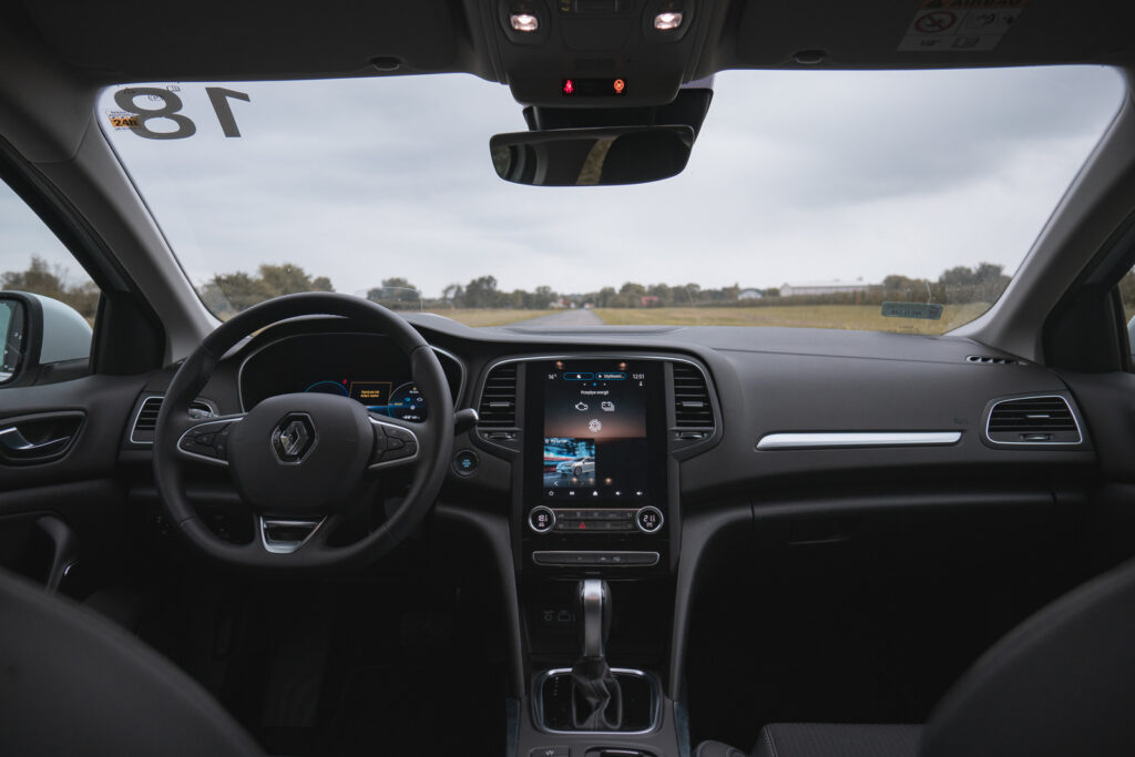 renault megane plug-in e-tech 160 test opinia 19