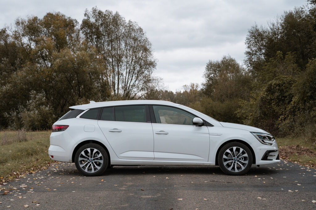 renault megane plug-in e-tech 160 test opinia 6